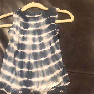 Blue rooster sleeveless